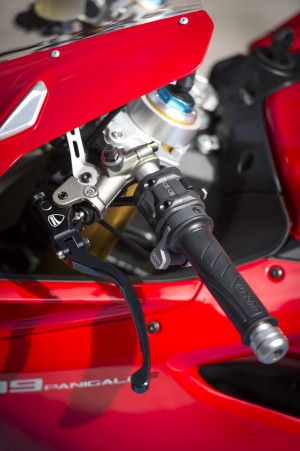 155-1299PanigaleS_KitPerformance_46
