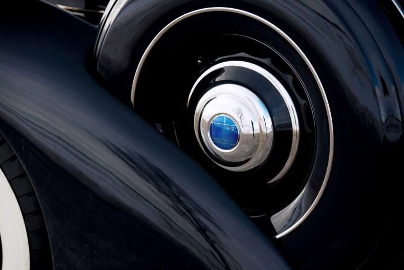 1937 Lincoln Model K Convertible Sedan by LeBaron 16