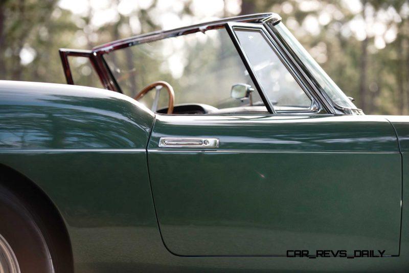 1960 Ferrari 400 Superamerica SWB Cabriolet 13