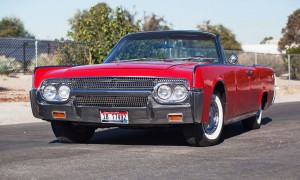 1961 Lincoln Continental Convertible 1