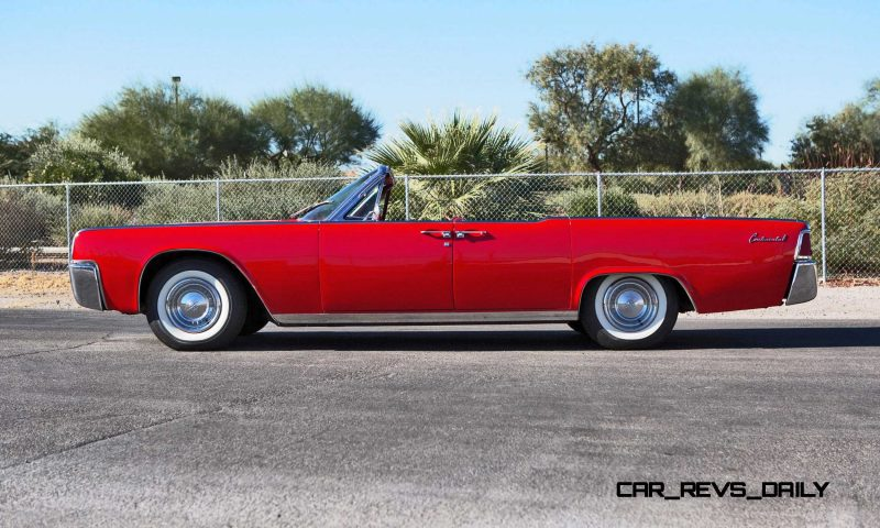 1961 Lincoln Continental Convertible 18