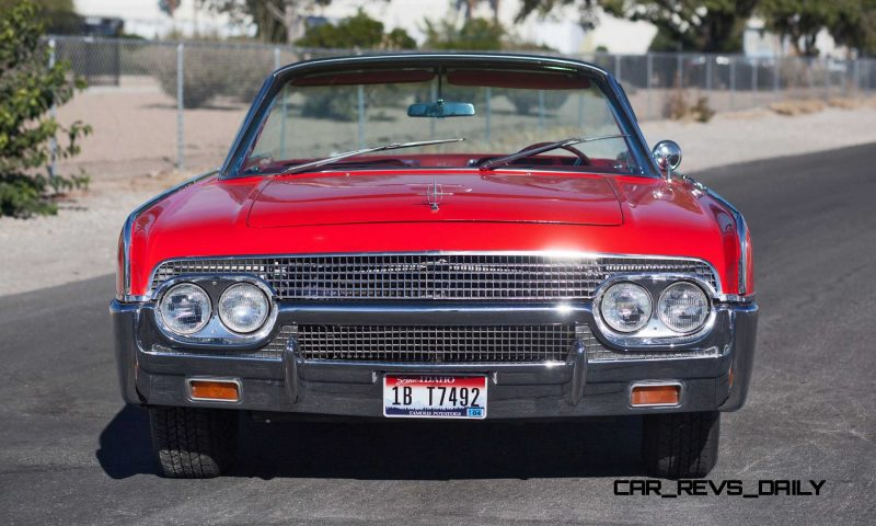 1961 Lincoln Continental Convertible 19
