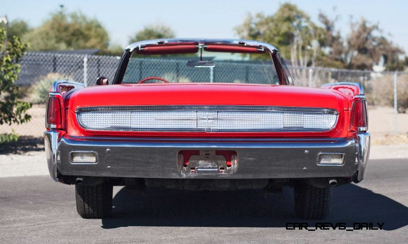 1961 Lincoln Continental Convertible 5