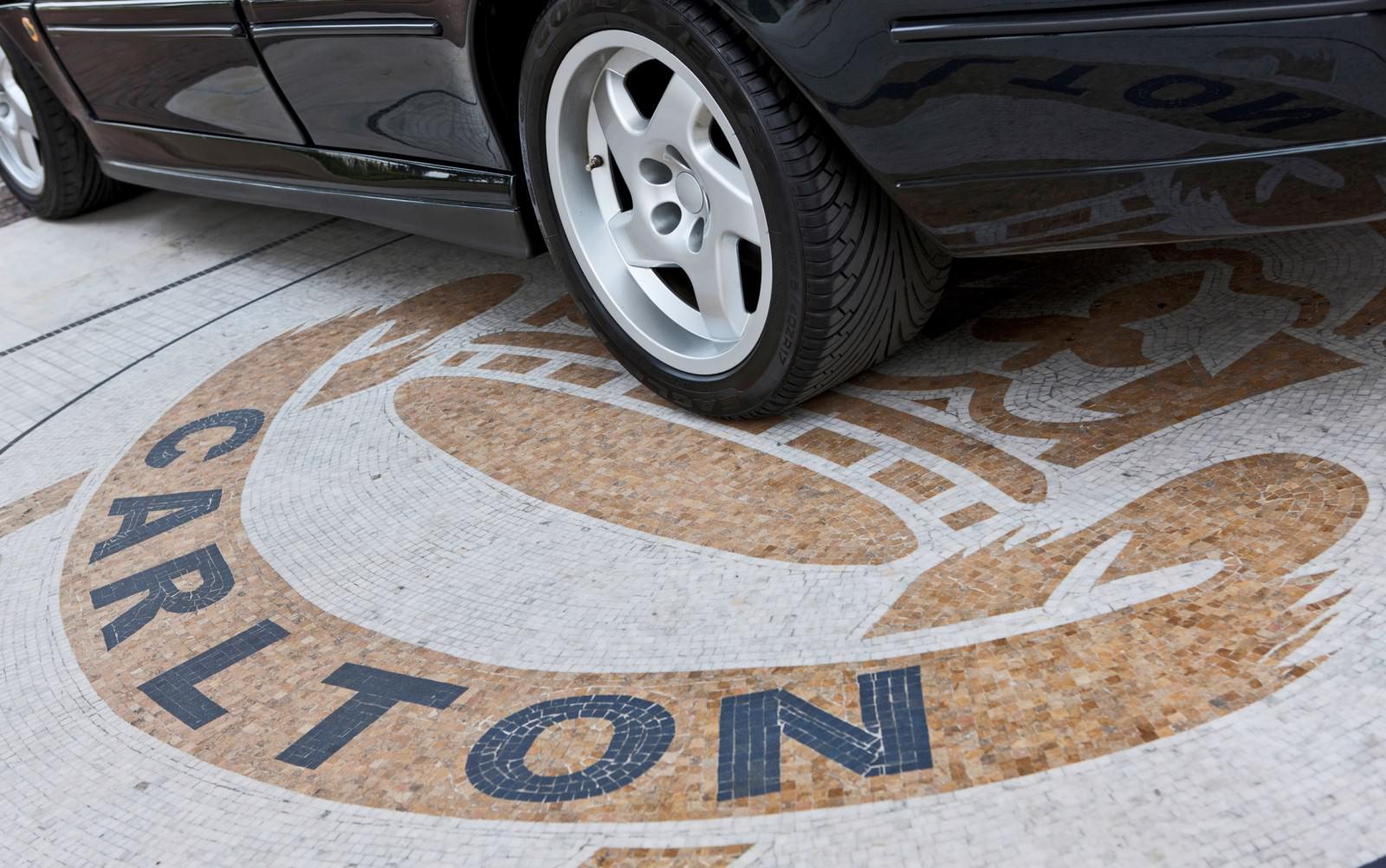 1993 Vauxhall Lotus Carlton 42