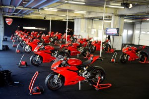 200-1299PanigaleS_Portimao_ambience38