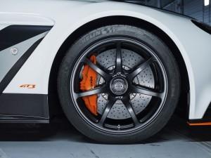 2015 Aston Martin VANTAGE GT3 17