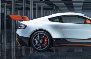 2015 Aston Martin VANTAGE GT3 4