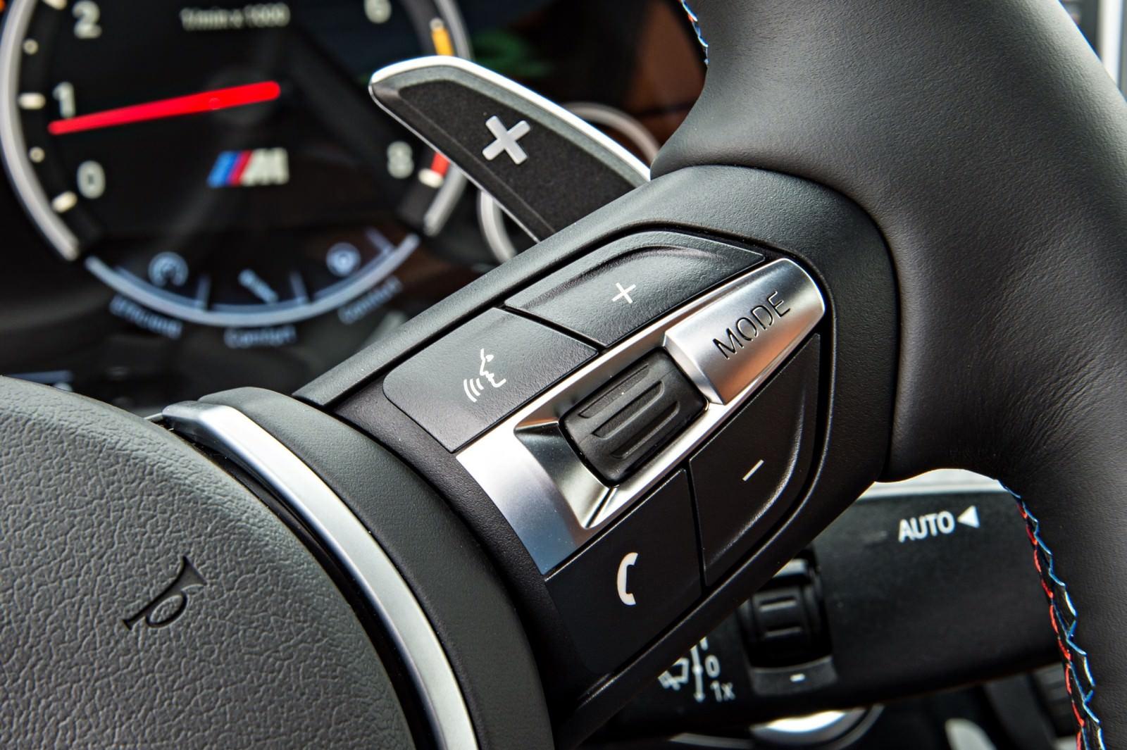 2015 BMW X6 M 103