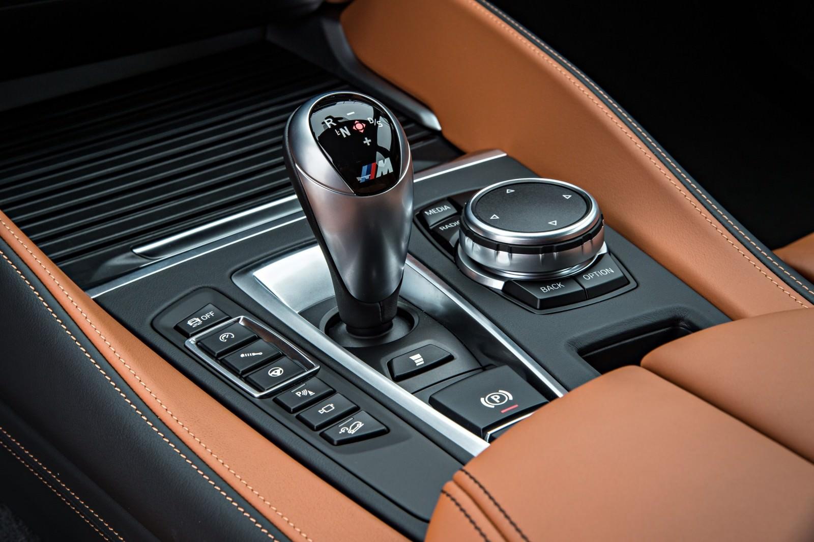 2015 BMW X6 M 105