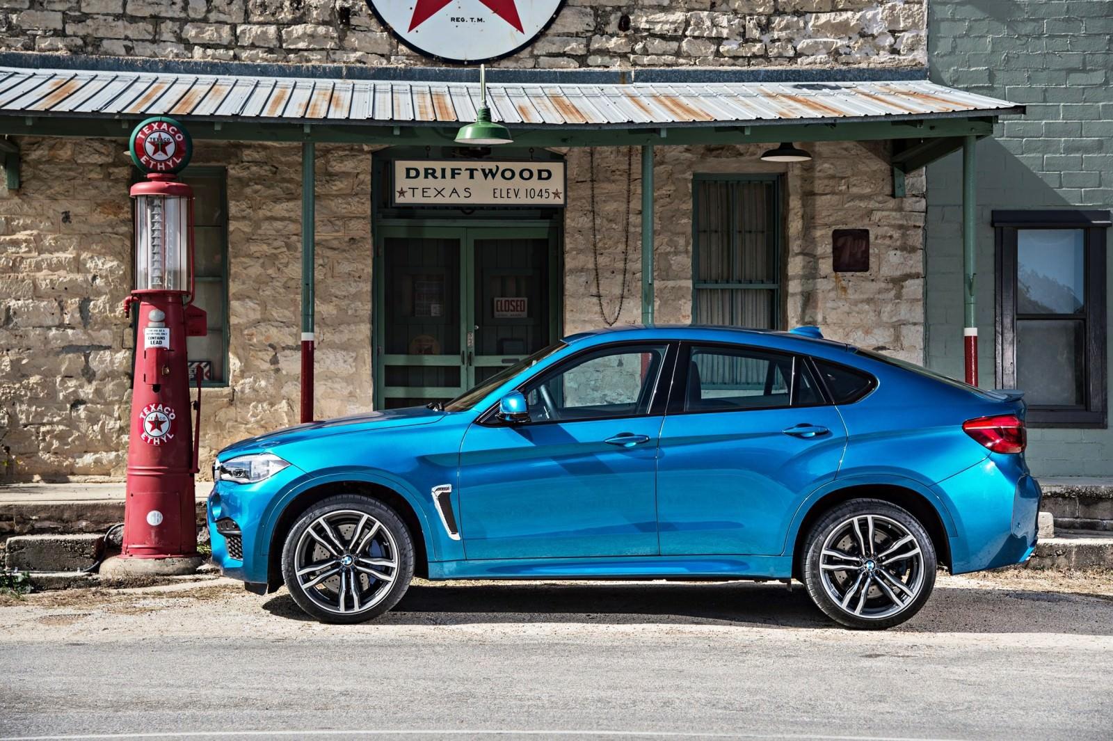 2015 BMW X6 M 94
