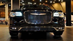 2015 Chrysler 300C - Houston Auto Show Gallery 12