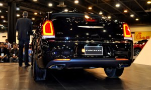 2015 Chrysler 300C - Houston Auto Show Gallery 5