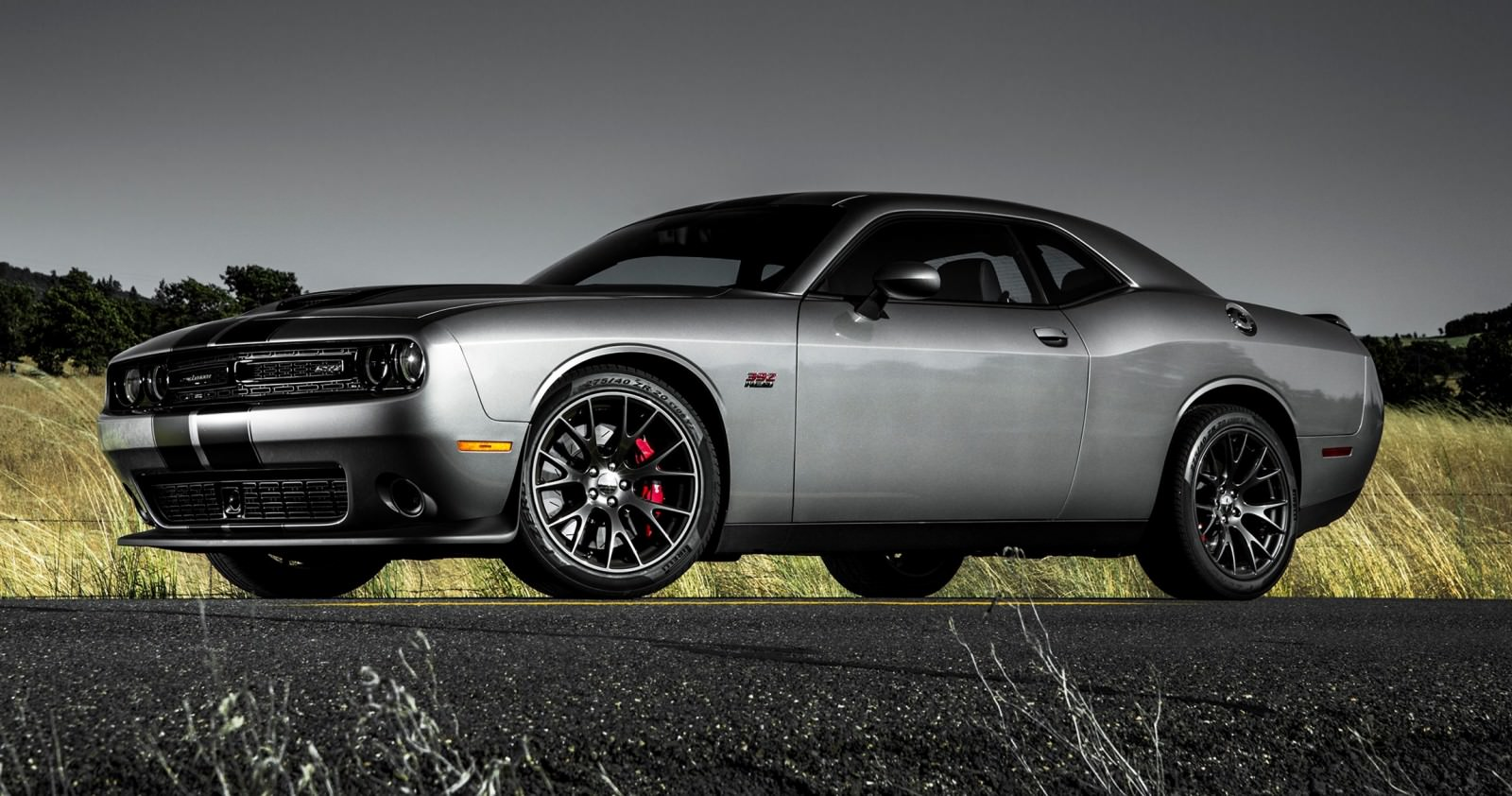 2015 dodge challenger srt. Black Bedroom Furniture Sets. Home Design Ideas