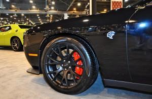 2015 Dodge Challenger SRT Hellcat 12