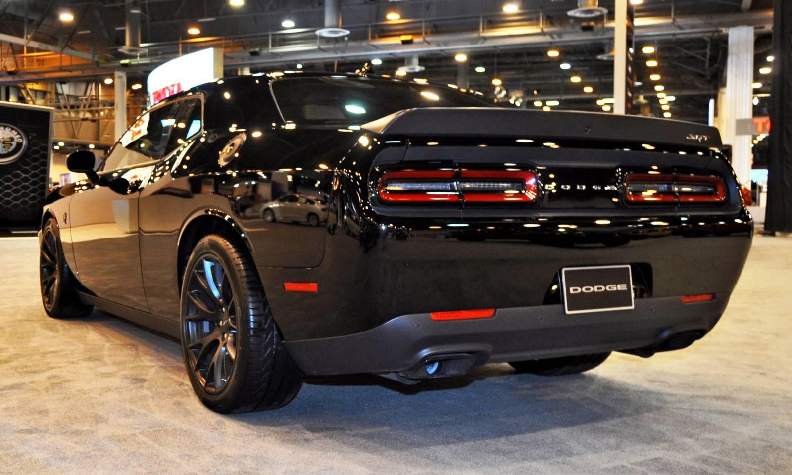 2015 Dodge Challenger SRT Hellcat 13