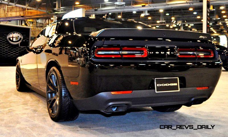 2015 Dodge Challenger SRT Hellcat 14