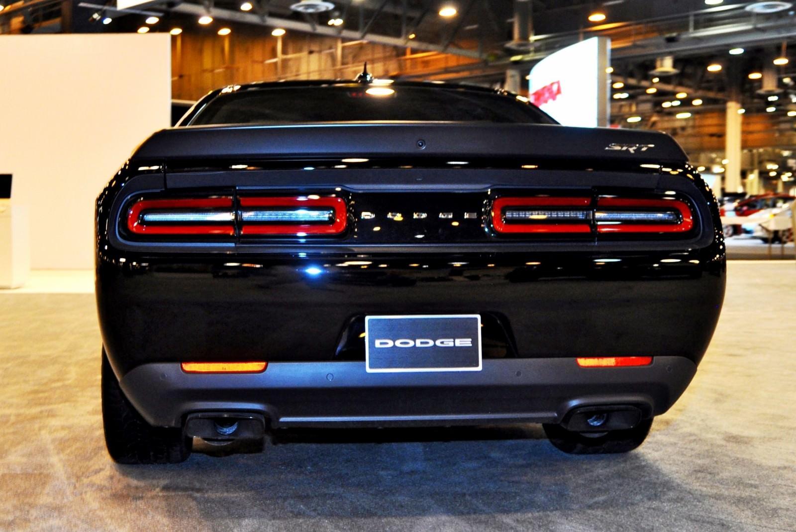 2015 Dodge Challenger SRT Hellcat 16