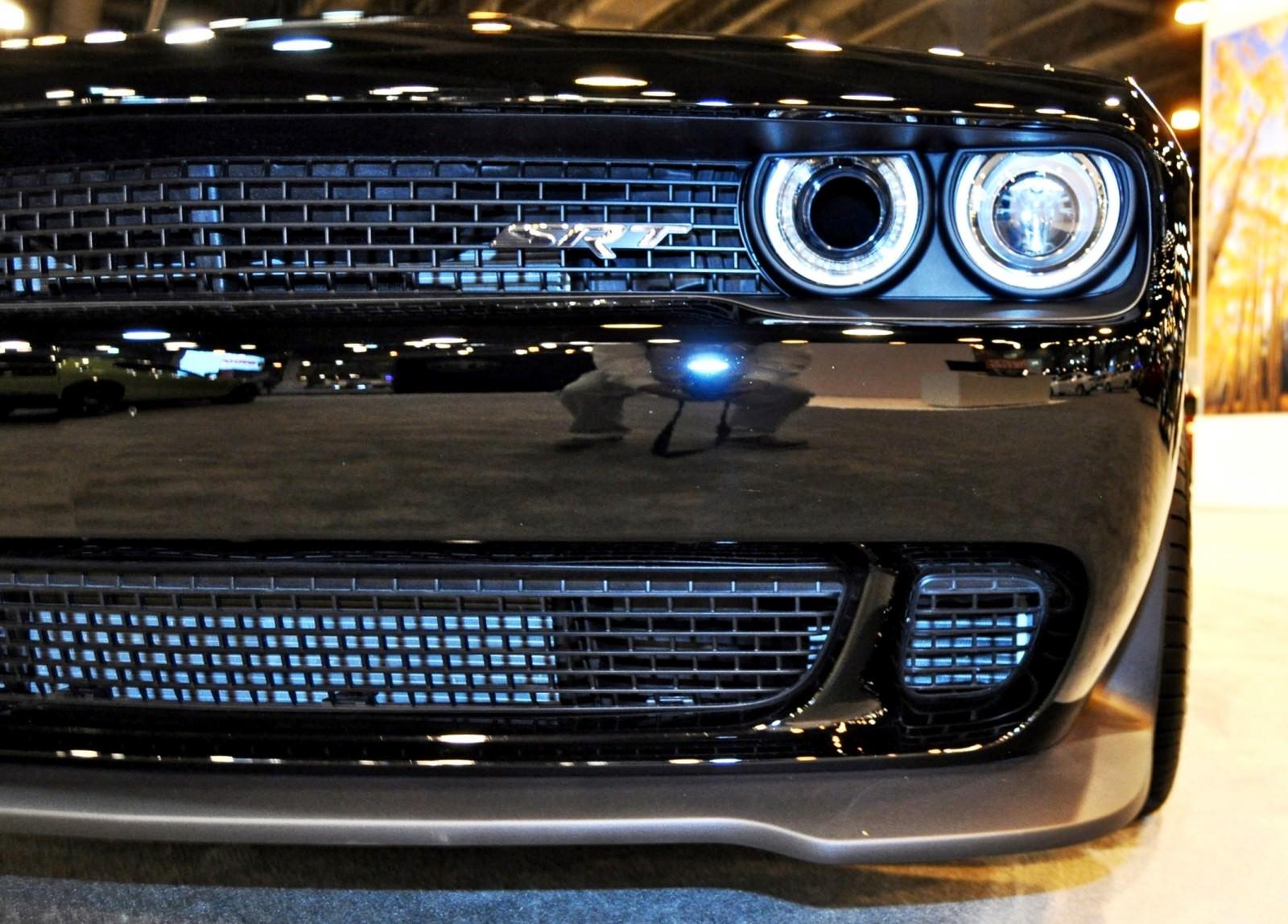 2015 Dodge Challenger SRT Hellcat 25