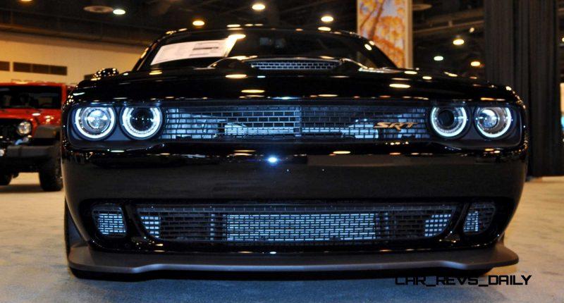 2015 Dodge Challenger SRT Hellcat 4