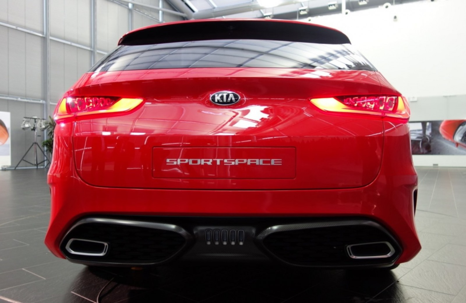 2015 Kia SPORTSPACE Concept - Latest Photos 12