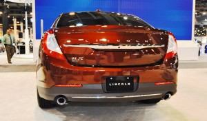 2015 Lincoln MKS 4