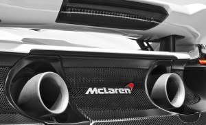 2015 McLaren 675LT 25