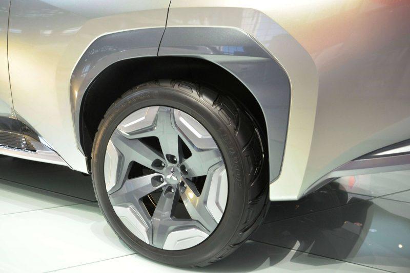 2015 Mitsubishi GC-PHEV 8