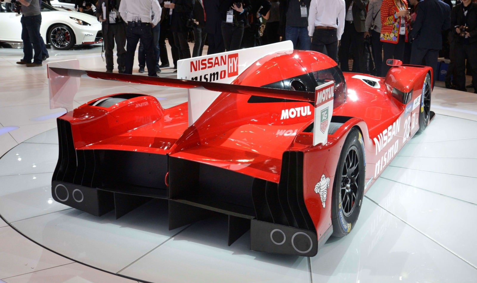 2015 Nissan GT-R LM Nismo 12