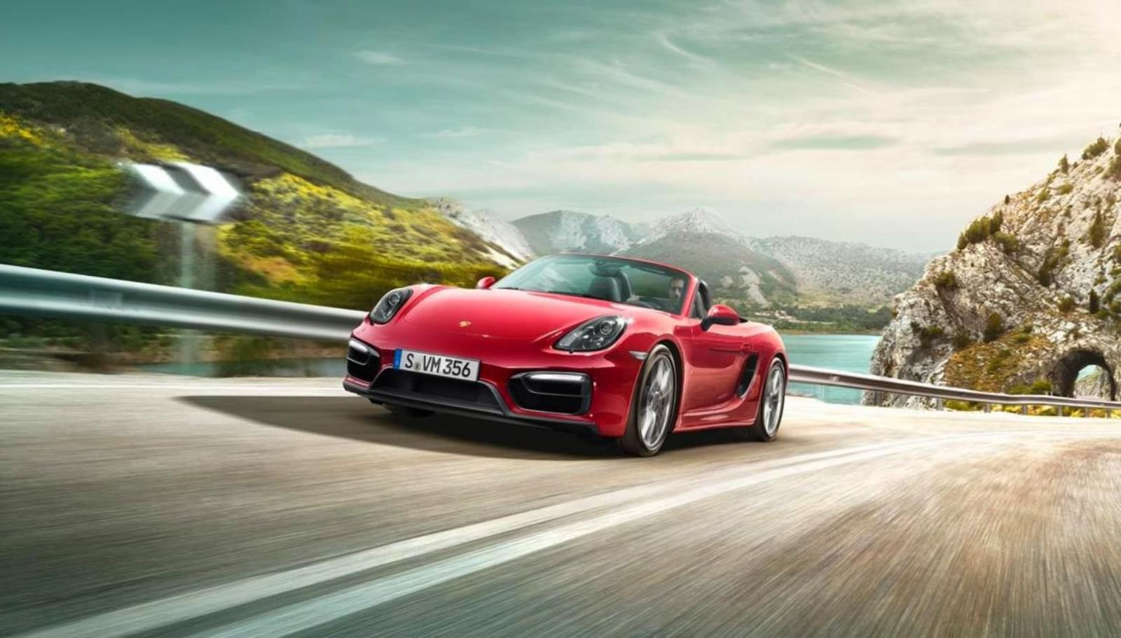 2015 Porsche Boxster and Cayman GTS 41