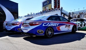 2015 Toyota Camry - DAYTONA 500 Official Pace Car 12