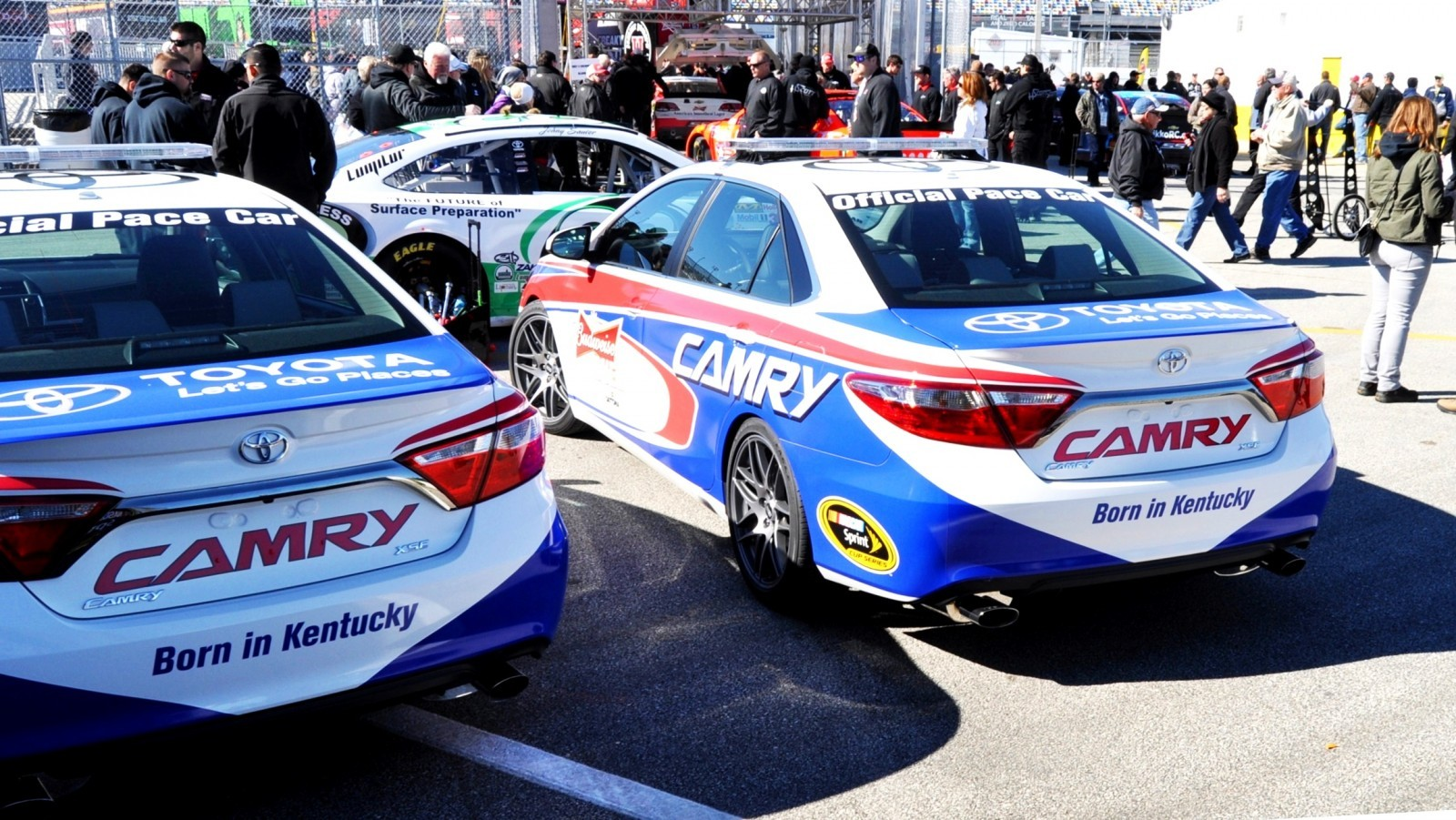 2015 Toyota Camry - DAYTONA 500 Official Pace Car 18