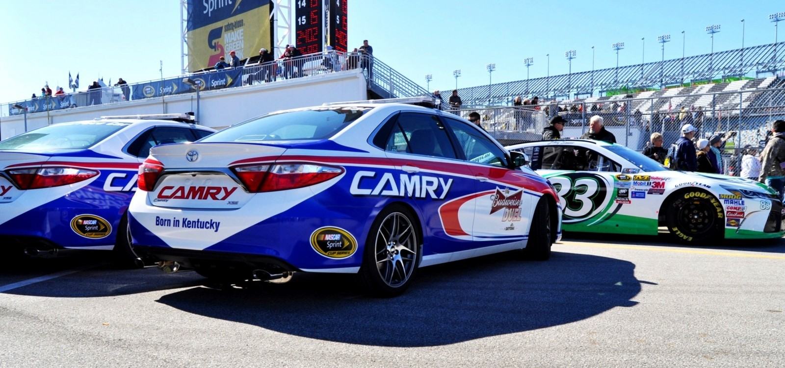 2015 Toyota Camry - DAYTONA 500 Official Pace Car 20
