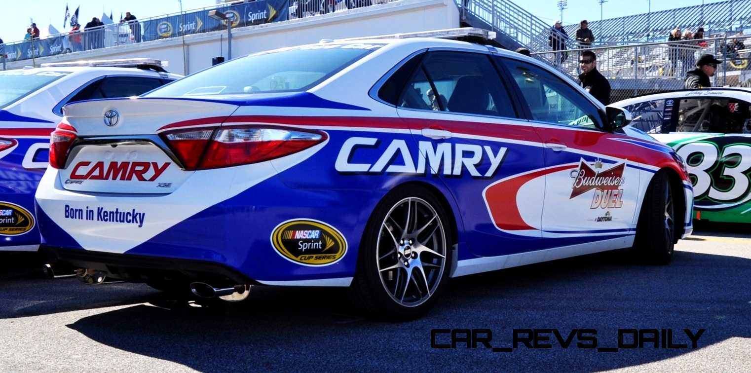 2015 Toyota Camry - DAYTONA 500 Official Pace Car 21