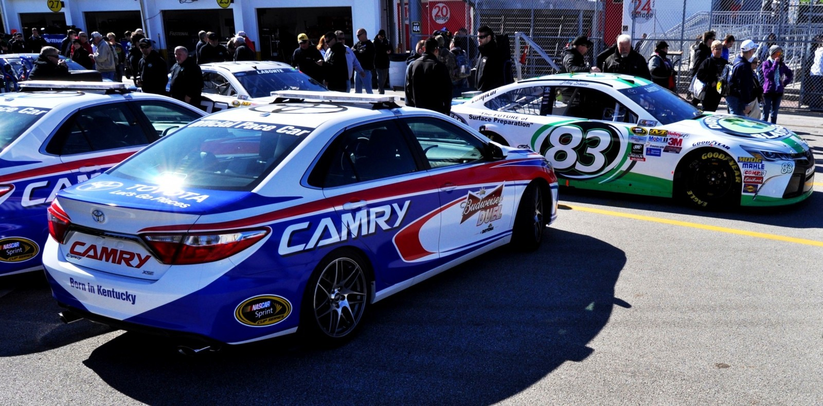 2015 Toyota Camry - DAYTONA 500 Official Pace Car 22
