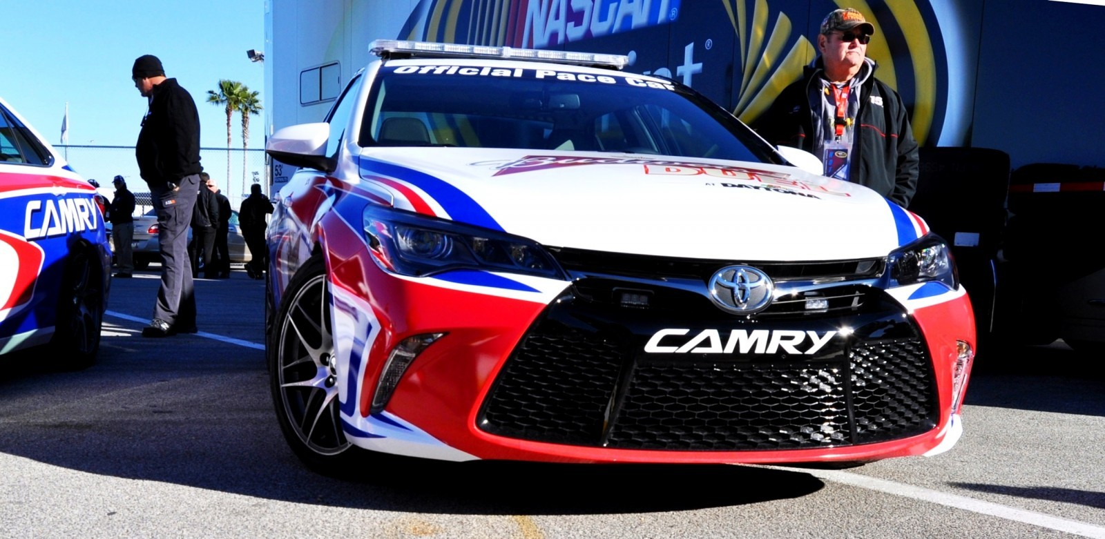 2015 Toyota Camry - DAYTONA 500 Official Pace Car 30