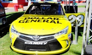2015 Toyota Camry NASCAR Dollar General 26