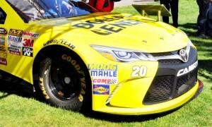 2015 Toyota Camry NASCAR Dollar General 39