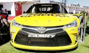 2015 Toyota Camry NASCAR Dollar General 4