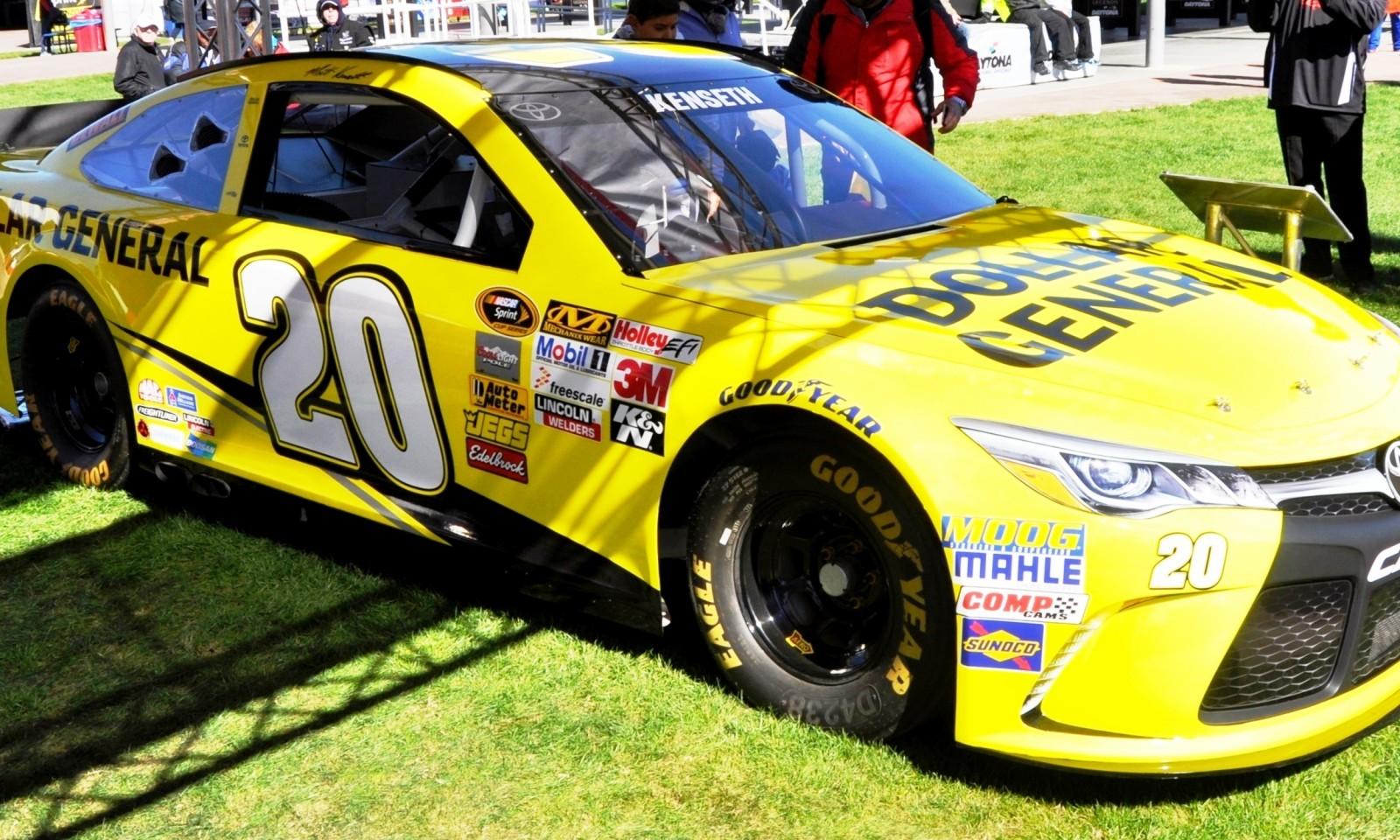 2015 Toyota Camry NASCAR Dollar General 40