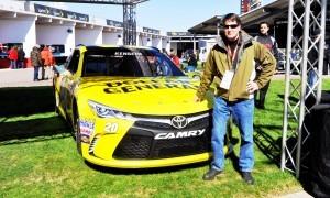 2015 Toyota Camry NASCAR Dollar General 42