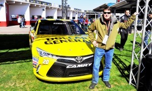 2015 Toyota Camry NASCAR Dollar General 43