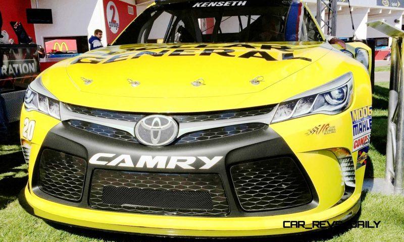 2015 Toyota Camry NASCAR Dollar General 5