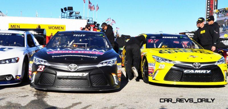 2015 Toyota Camry NASCAR Dollar General 60