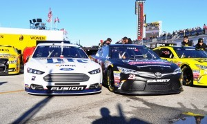 2015 Toyota Camry NASCAR Dollar General 66