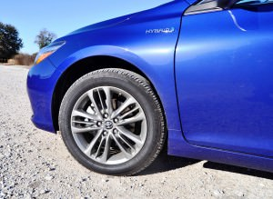 2015 Toyota Camry SE Hybrid Review 84