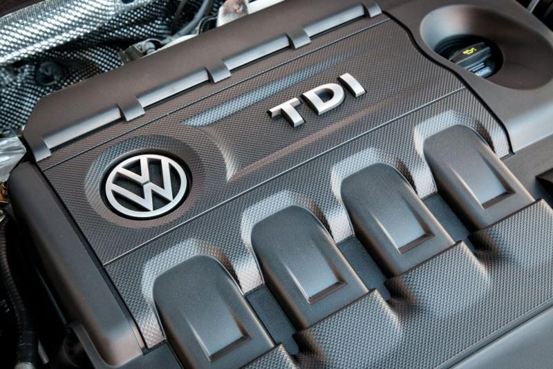 2015 Volkswagen Golf SportWagen 10