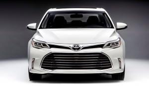 2015CAS_2016_Toyota_Avalon_002