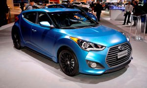 2016 Hyundai Veloster RALLY Edition 1