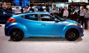 2016 Hyundai Veloster RALLY Edition 2