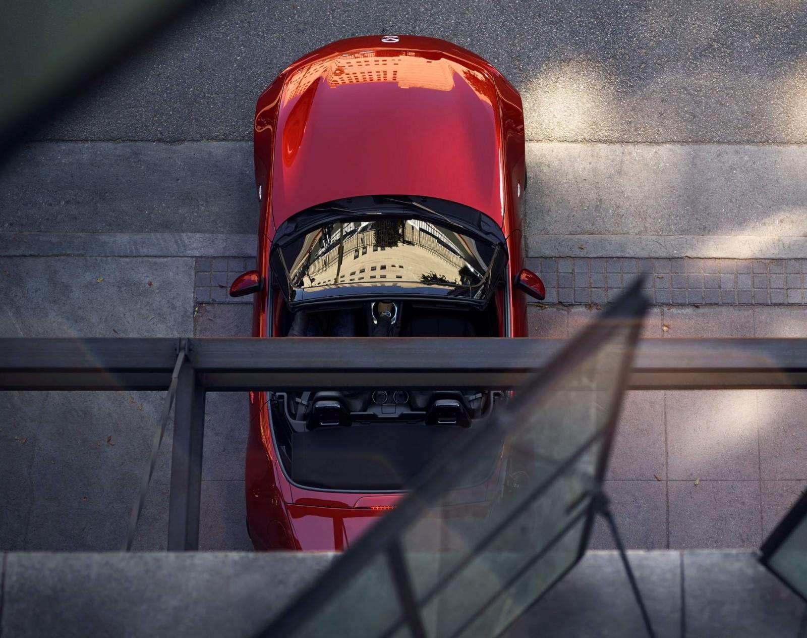 2016 Mazda MX-5 Roadster 18